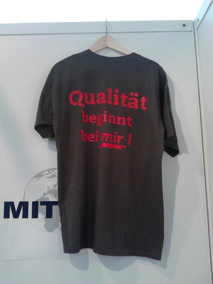 Qualität-Tshirt
